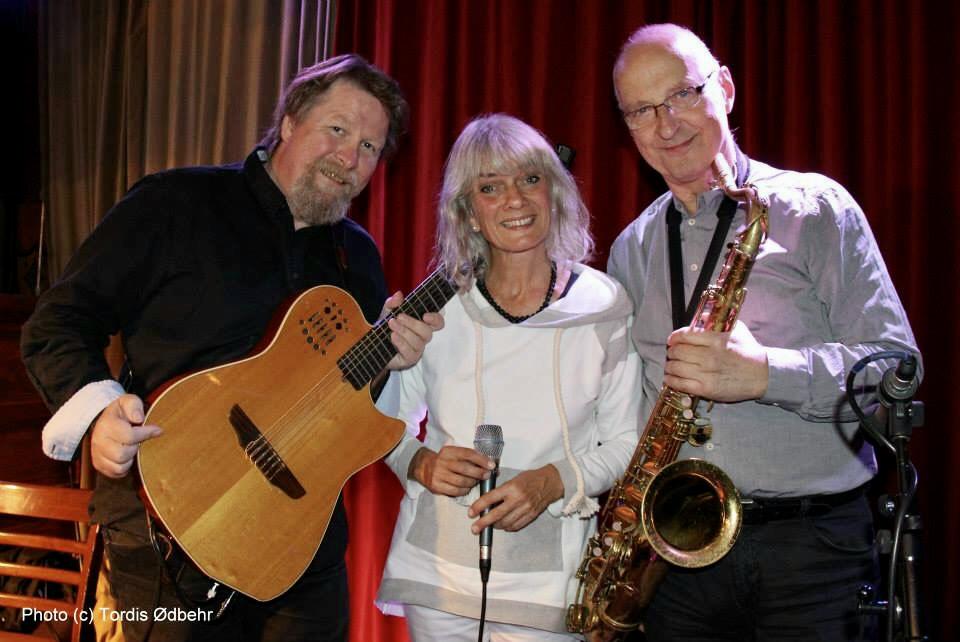 Tom Lund, Anne-Marie Giørtz og Knut Riisnæs.